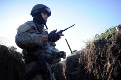 Минулої доби на Донбасі загинули двоє військових