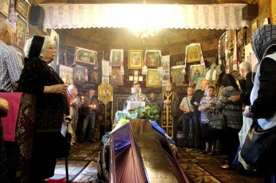 Чернівці прощаються із засновником ОУН УПА на Буковині Святославом Мельничуком