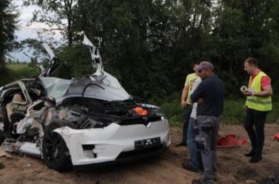 В Україні сталася перша смертельна ДТП за участю електрокара Tesla