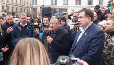 Гриценко і Саакашвілі проводять опитування у Facebook щодо об'єднання