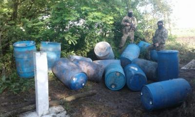 На Буковині прикордонники затримали масштабну партію контрабандного спирту