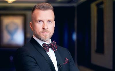 Вечір української еротики: до Чернівців приїде шоумен Антін Мухарський