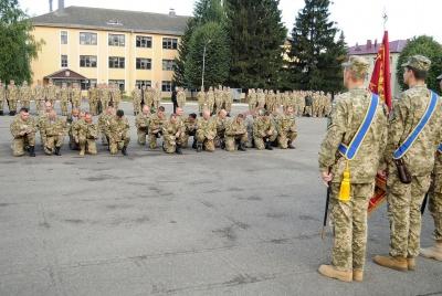 У Чернівцях військових з ООС урочисто зустрічатимуть