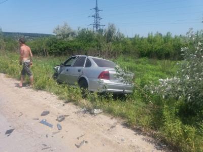 У Чернівцях поблизу Калинки зіткнулися два легковики: є потерпілі - фото