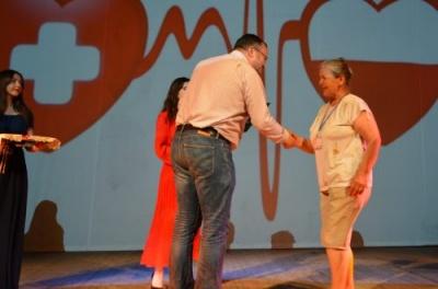У Чернівцях нагородили почесних донорів - фото