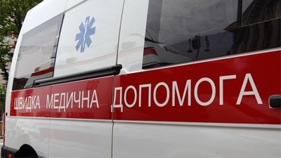 У Новодністровську 30-річний чоловік загинув, стрибнувши з даху п'ятиповерхівки