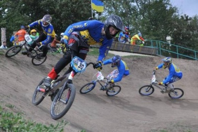 Велогонщики Буковини відмінно виступили на двох всеукраїнських стартах