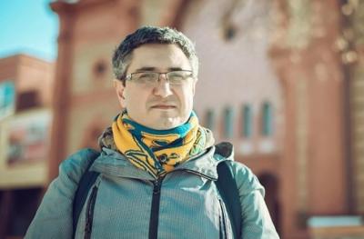 «Стороннім не заходити»: відомий журналіст обурився через правила для туристів у ЧНУ
