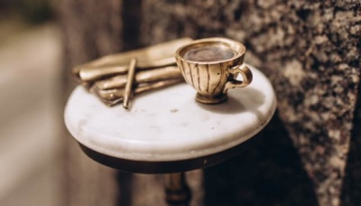 У Києві з'явився мініпам'ятник каві