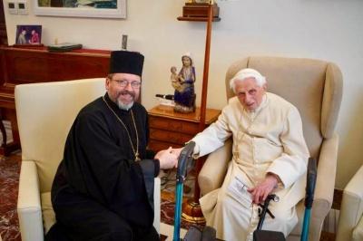 Ватикан спростував  чутки про мікроінсульт у Бенедикта XVI