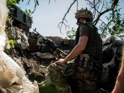 Бойовики 25 разів порушили режим тиші, один військовий поранений