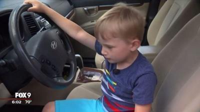 4-річний хлопчик вкрав у дідуся машину, щоб поїхати за цукерками