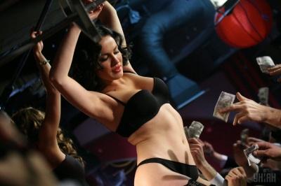 Українська секс-бомба Даша Астаф'єва підірвала мережу новим еротичним образом