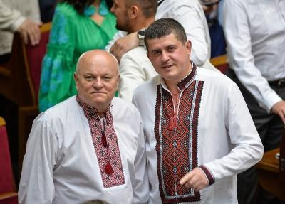 Бурбак і Федорук відмовились від депутатської зарплати