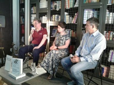 У Чернівцях презентували книжку розмов двох світових інтелектуалів – фото