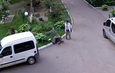 «Бог буком не б'є»: у Чернівцях крадій-романтик потрапив у курйоз – відео