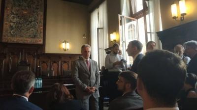 На суд до Фірташа приїхав ексголова Чернівецької ОДА