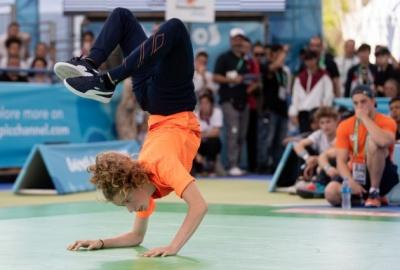 У програму Олімпіади-2024 можуть потрапити брейкданс, серфінг та скейтбординг