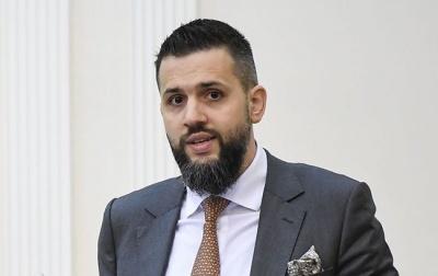 Нефьодов: Треба перевести митників на контракт