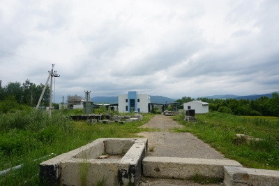 Замість пункту пропуску – трава та болото: на Буковині руйнується об'єкт за мільйони євро - фото