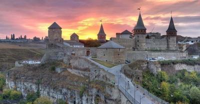 7 сучасних архітектурних див України, які варто побачити кожному
