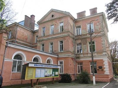У Чернівецькій обласній лікарні виявили змову серед учасників закупівель - аналітики