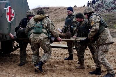 Гаряча доба на Донбасі: п'ятеро українських військових поранені