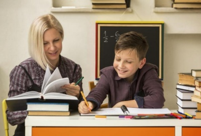«Це ганебне явище»: у Міносвіти хочуть боротися із репетиторством у школах