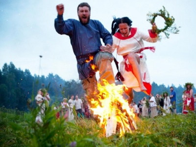 Ватра і плетення вінків: на Буковині проведуть етносвято на Івана Купала