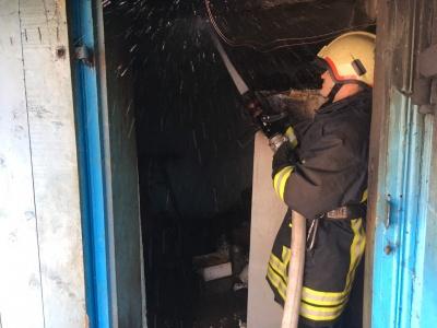 Дитячі пустощі з вогнем: На Буковині упродовж вихідних рятувальники ліквідували 9 пожеж