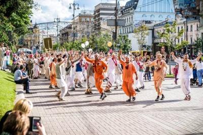 Вулицями Чернівців сьогодні пройде Ведична хода «Харінама»