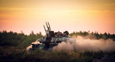 У Чернівцях військкомат запрошує всіх бажаючих на службу за контрактом