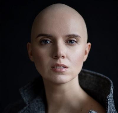 «Пройдіть тест на онко»: телеведуча Яніна Соколова, яка поборола рак, закликала українців обстежитися