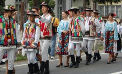 У неділю в центрі Чернівців перекриють рух транспорту