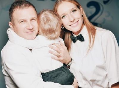 «Ледь не летіла стоячи з дитиною на руках»: Катя Осадча обурена через неприємний інцидент з МАУ