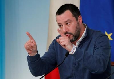 """Глава МВС Італії заявив, що його хотіло вбити """"українське угруповання"""""""