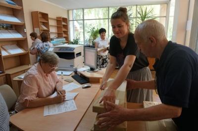 В Черновцы привезли бюллетени для голосования на выборах в Раду - фото