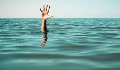 На Буковині у озері втопився 44-річний чоловік