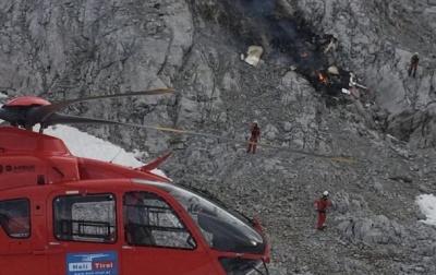 Смертельна авіакатастрофа в Альпах