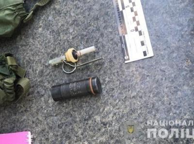 Біля Верховної Ради поліція затримала чоловіка із гранатою