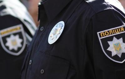 """П'яна не давала агітувати: на Буковині перед """"днем тиші"""" поліція зареєструвала три звернення"""