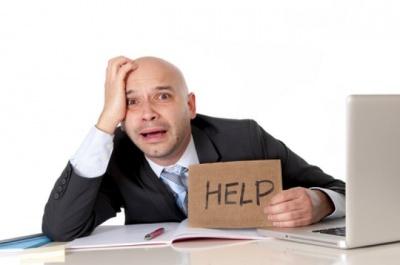 Чому багато працювати шкідливо: що говорить наука про ризики офісного життя