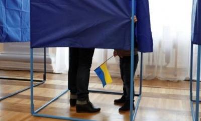 Перші порушення на виборах у Чернівцях: поліція отримала 2 звернення