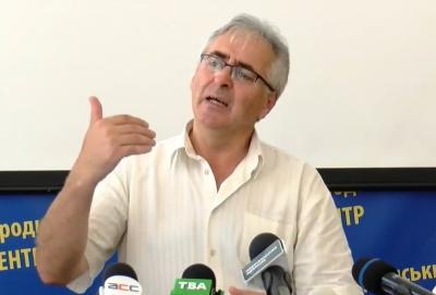 У Чернівцях ОВК обіцяє «максимально швидко» замінити інфоплакати кандидатки Інни Кубай