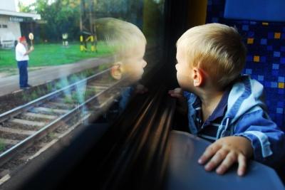 Як уберегти дитину від спеки в поїзді: пояснення лікаря Комаровського