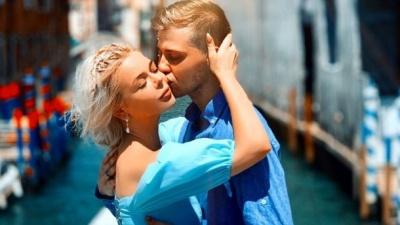 """Аліна Гросу презентувала романтичний кліп """"Непобедима"""", знятий на її весіллі"""