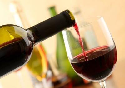 Червоне вино може стати способом лікування від депресії