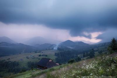 В Україні на завтра оголошено штормове попередження