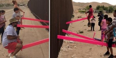 У стіні між США і Мексикою встановили гойдалки, щоб діти двох країн могли грати між собою