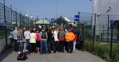На кордоні з Польщею на три дні відкриють додатковий пішохідний пункт пропуску